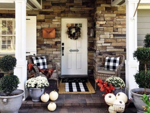 47 Easy but Beautiful Fall Porch Ideas You should try this Autumn